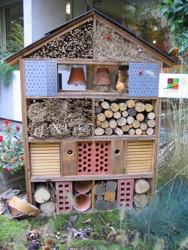 hortiquid utilisation de r sineux pour les h tels insectes. Black Bedroom Furniture Sets. Home Design Ideas